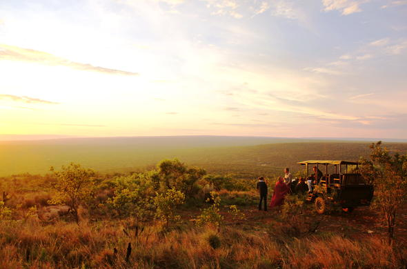 Sundowners and romance at Ants Nest Lodge.