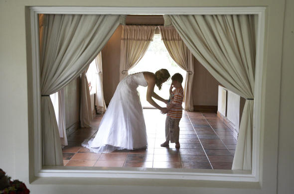 Bluegum Country Estate bride with child.