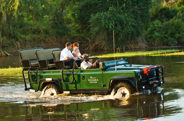 Guests exploring the banks of the Zambezi.