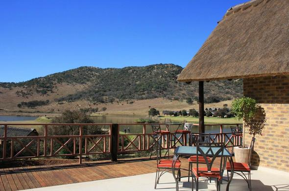 Picturesque scenery from the deck of Kloofzicht Lodge.