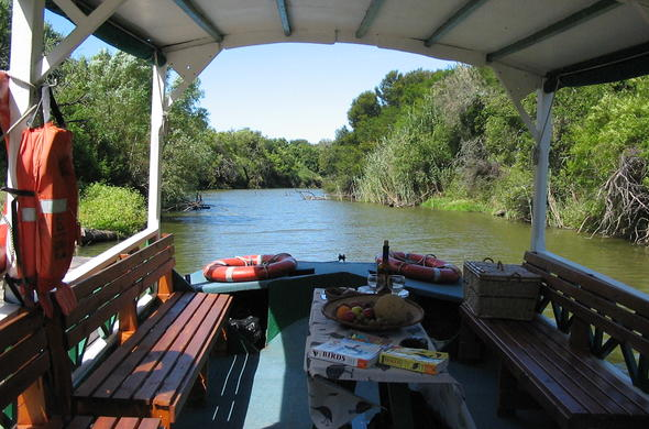 House boat cruise offered at Leeuwenbosch Country House.