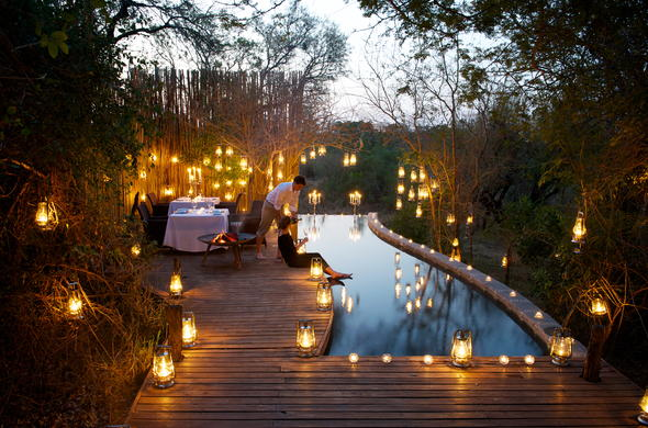 Exquisite poolside dinners at Londolozi Pioneer Camp.