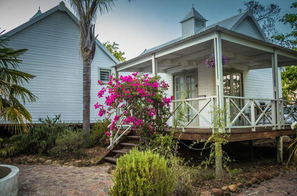Cape winelands escape - and a private cottage all of your own.