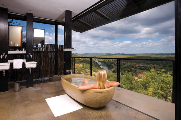 Bath with a view at Outpost Lodge in Kruger National Park.