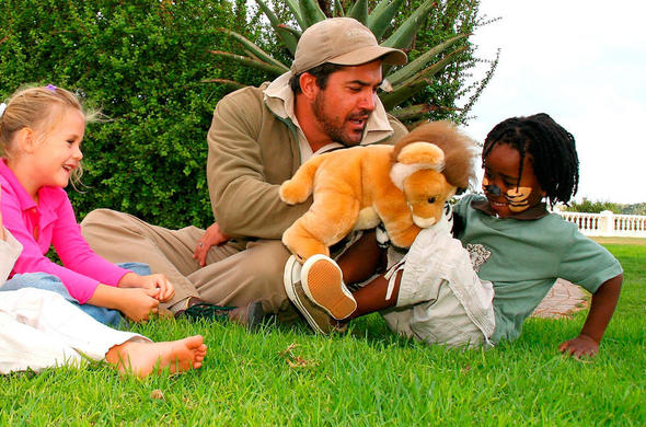 Safari ranger entertaining kids.