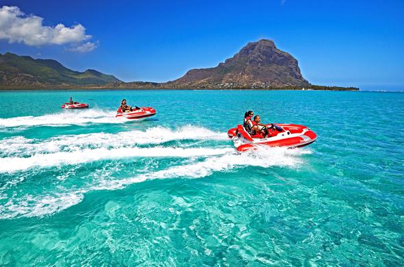 Watersports in Mauritius.