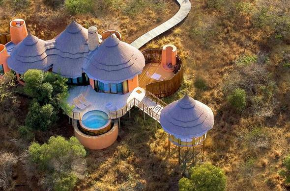Thanda Safari Lodge aerial view.