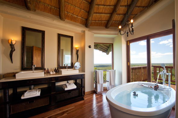 Bathroom in one of the suites at Ulusaba Rock Lodge.