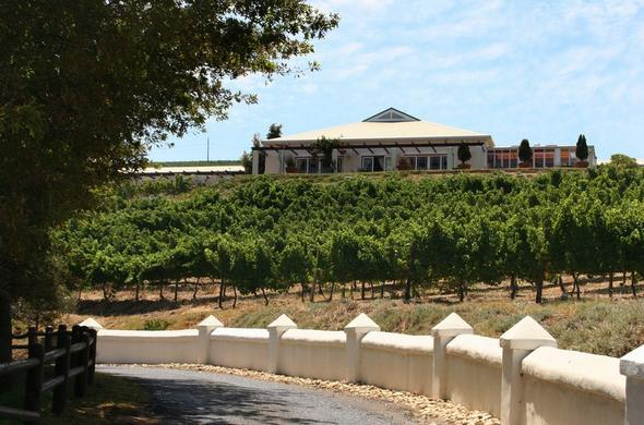 Exterior of Zevenwacht Wine Estate Country Inn.